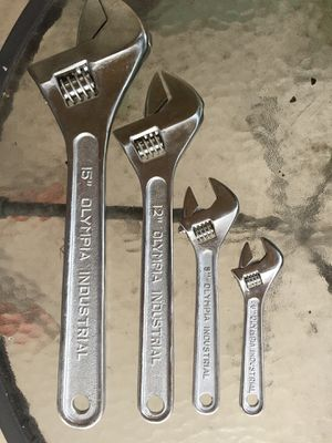 4 Piece Wrench Set for Sale in Orlando, FL