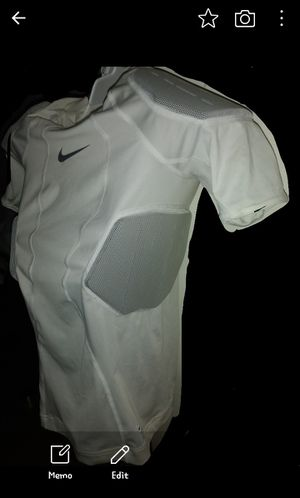 Youth Hyperstrong padded compression tee for Sale in Santa Maria, CA