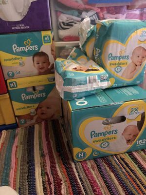 Pampers bundle for Sale in St. Petersburg, FL