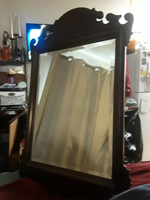 Beautiful Vintage Bombay & Co. Mirror for Sale in Irving, TX
