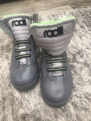 Boys toddler size 7 shoes for Sale in Kennewick, WA
