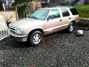 Nation Chevy Blazer very clean but motor needs work has a a knock or tick for Sale in Port Orchard, WA