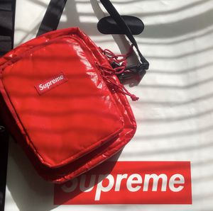 Supreme red shoulder bag Fw17 for Sale in Beaverton, OR