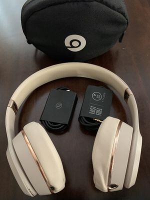 Beats solo 3 wireless for Sale in Buena Park, CA