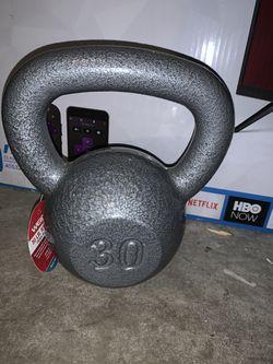30 lb Kettlebell for Sale in Dallas,  TX