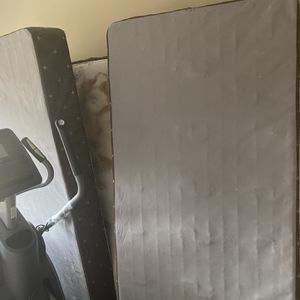 Free Used King Mattress for Sale in Mableton, GA