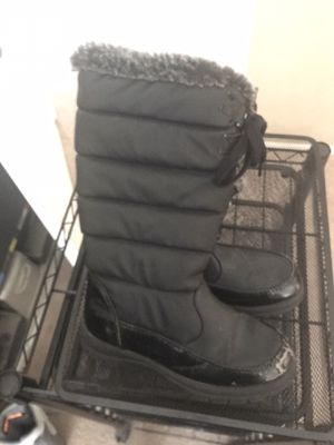Kids snow boots for Sale in Palmdale, CA