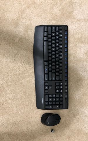 Logitech wireless keyboard and mouse for Sale in Ashburn, VA