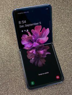 Samsung Galaxy Z FLIP Unlocked 256GB for Sale in Tacoma,  WA