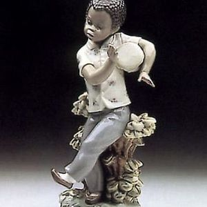 "Lladro Figurine ""BONGO BEAT"" #5157- With Box Caribbean DRUMMER- Black Legacy Collection -Ret 1998 - MINT for Sale in Fort Lauderdale, FL"