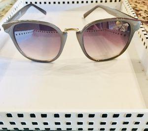 Vince Camuto Women's Sunglasses for Sale in Atlanta, GA