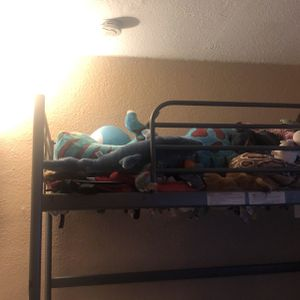 Top Bunk Bed for Sale in San Diego, CA
