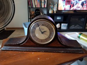 Antique Mantel Clock for Sale in Arnold, MO