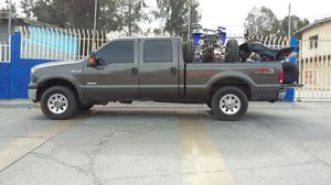 Ford F-250 2005 fx4 for Sale in San Diego, CA