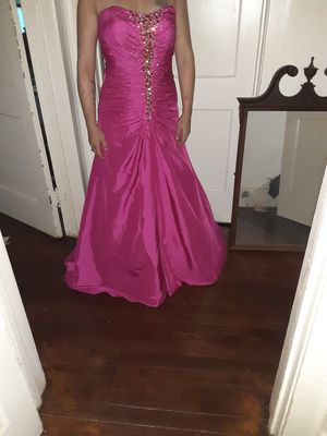 Hot pink prom dress for Sale in Talladega Springs, AL