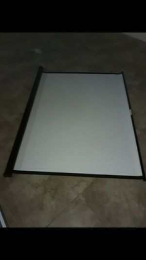 Projector screen for Sale in Southaven, MS