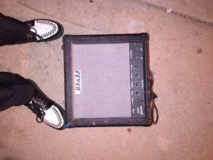 Fever bass amp for Sale in Los Angeles, CA