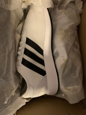 Adidas size 7 for Sale in Philadelphia, PA