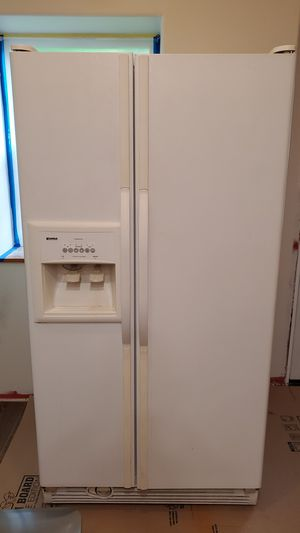 Refrigerator for Sale in Puyallup, WA