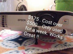 NEW EPSON PROJECTOR for Sale in Tulsa, OK