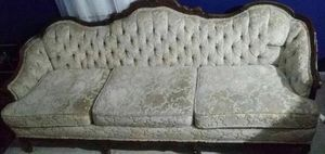 Antique sofa for Sale in East Moline, IL