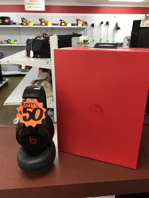 Beats by Dre studio for Sale in Houston, TX
