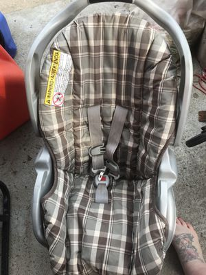 Graco infant car seat for Sale in Grove City, OH