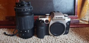 Canon EOS 50 camera and lens for Sale in San Diego, CA