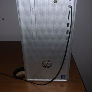 HP Desktop And 32 Inch Curved Samsung Monitor Bundle for Sale in Salem, OR