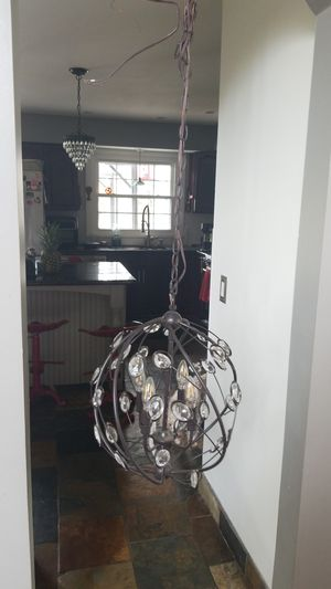 New four bulb hanging chandalier for Sale in Aurora, OH