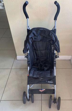 Kolcraft stroller for Sale in Moreno Valley, CA
