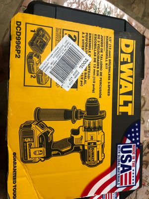 Dewalt 1/2 brushless 3speed hammer drill kit for Sale in Chula Vista, CA