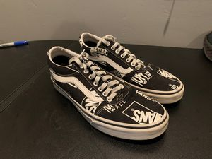 Vans Shoes 9.5 for Sale in Lakeside, CA