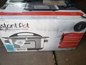 Instant pot 6 quart for Sale in Palmdale, CA
