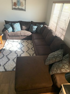 Sectional Couch for Sale in Goodyear, AZ