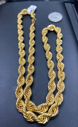 "10k real gold rope chain. Very Thick 24"" 8mm for Sale in Aurora, CO"