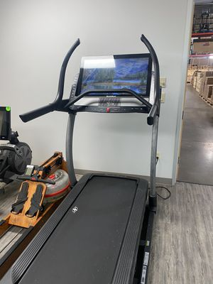 NordicTrack Commercial x32i Incline Trainer for Sale in Peoria, AZ