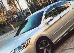Sale.2013 Honda Accord Run perfect. E3.5L FWDWheelss for Sale in Los Angeles, CA