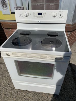 Whirlpool electric stove for Sale in Inkster, MI