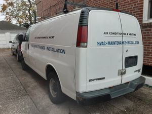 2001 Chevy Express 3500 for Sale in Queens, NY