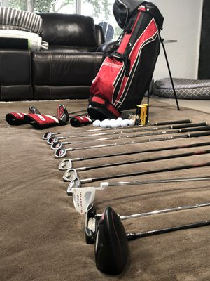 Golf Clubs w/13 pieces Nitro . Plus some new balls. for Sale in Fort Lauderdale, FL