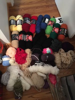 HUGE YARN SALE - Thick, Thin, Red Heart, Red, Orange, Black, Blue, Various colors for Sale in Seattle, WA