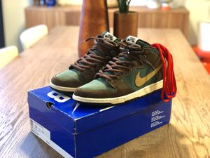2011 Nike Dunk Mid Pro SB Patagonia Size 13 for Sale in Brooklyn, NY