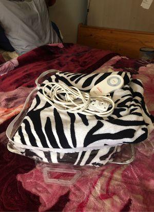 Electric zebra blanket for Sale in Columbus, OH