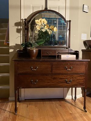 Antique Vanity Dresser Chest Buffet for Sale in Redmond, WA