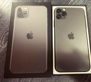Impecable Iphone 11Pro Max for Sale in Tustin, CA