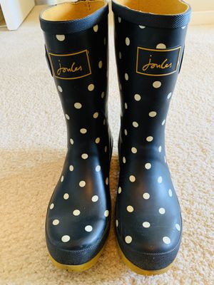 Women's size 6- joules rain boots (pickup in 60654) for Sale in Chicago, IL
