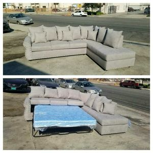 NEW 9X7FT ANNAPOLIS LIGHT GREY FABRIC SECTIONAL WITH SLEEPER CHAISE for Sale in La Mesa, CA