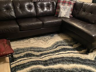 Sectional Couch for Sale in Chimacum,  WA
