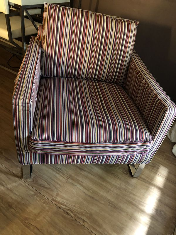 Two IKEA armchairs like new for$220 cash for pick up Vienna 221